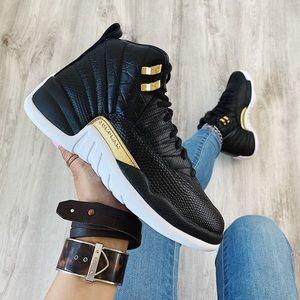 Nike air jordan 12 retro sneakers
